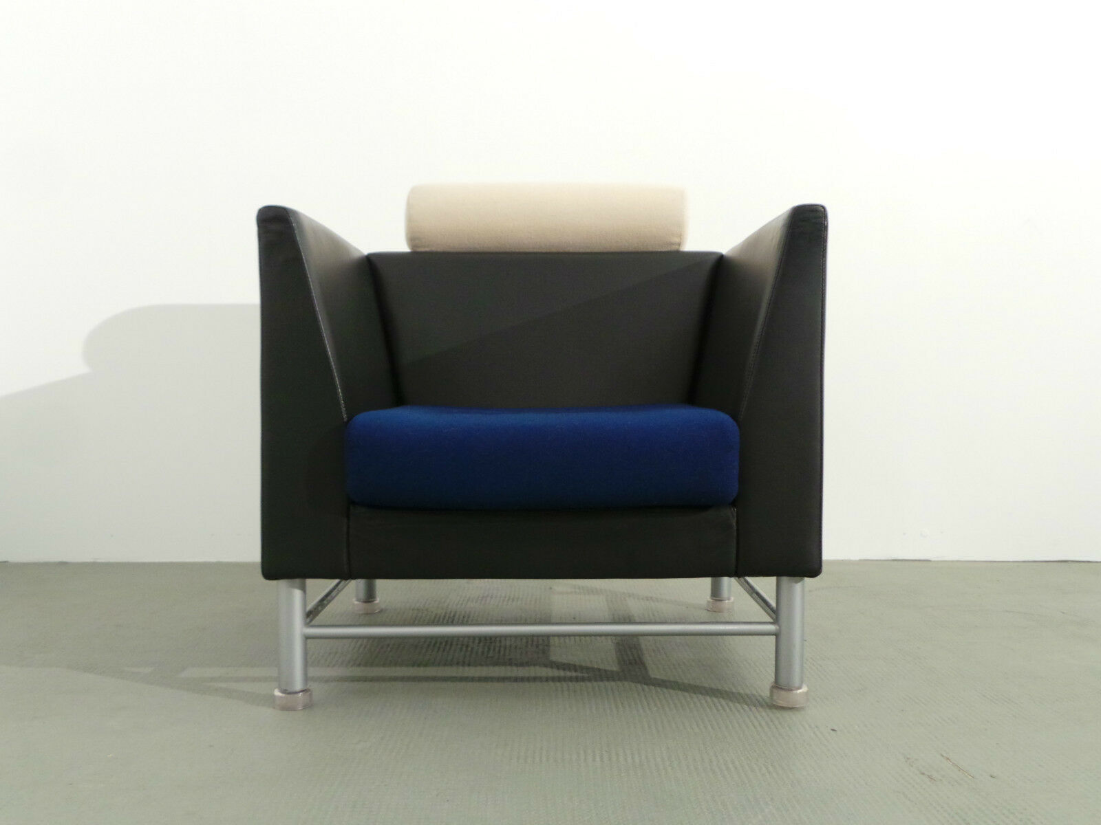 Sessel Gebraucht Kaufen Bonn Knoll International Sessel Modell East Side Ettore Sottsass Leder
