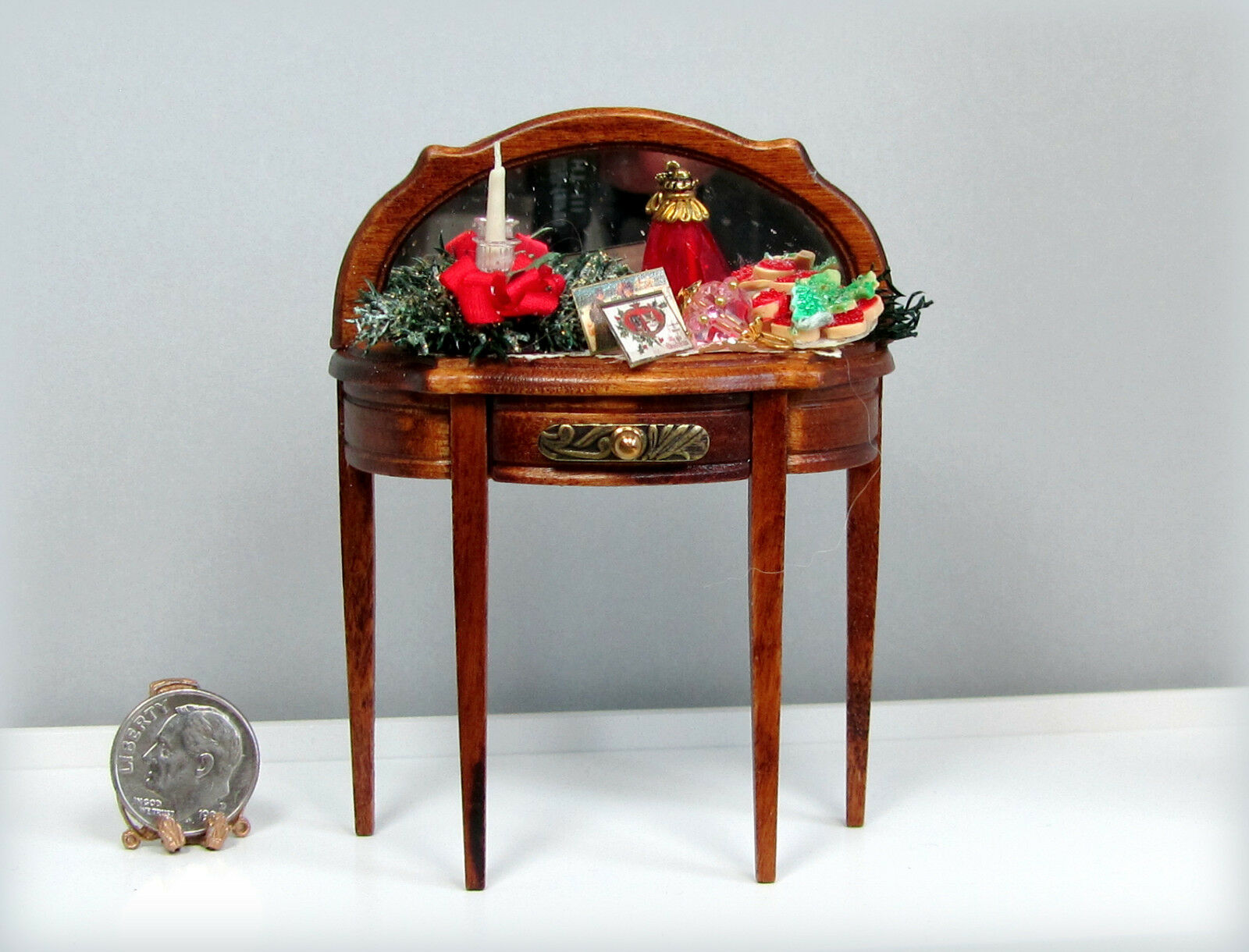 Multiplex 12mm Gamma Miniature Christmas Holiday Mirrored Table By Loretta Kasza