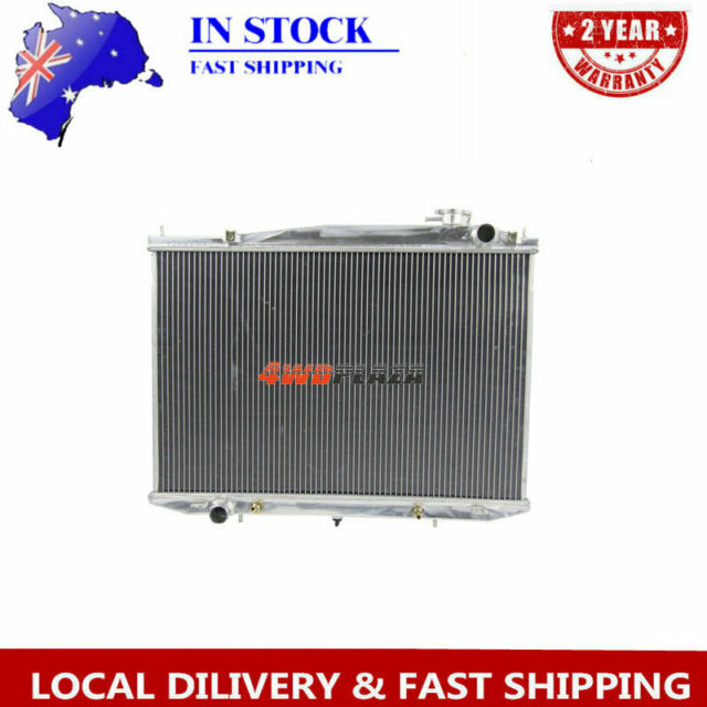 3row Aluminum Radiator for Nissan NAVARA D22 32l Diesel 97-01 At/mt