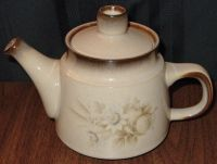 """DISCONTINUED DENBY MEMORIES SMALL 4 3/4"""" TEAPOT NEW 