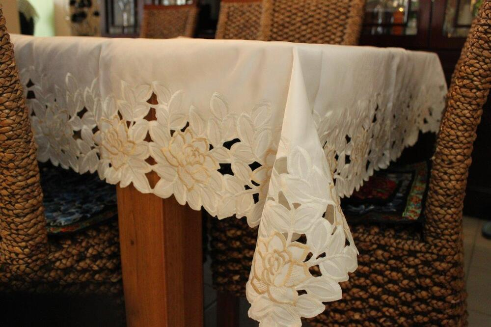 6 Chair Dining Table Rectangle/oblong Embroidered Lace Tablecloth 150x230cm 6-8