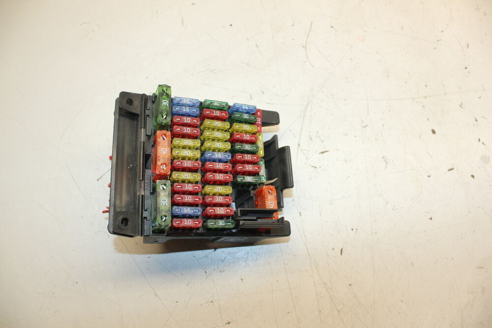 1997-2001 CADILLAC CATERA MAIN DASH RELAY FUSE BOX W/ PIGTAILS