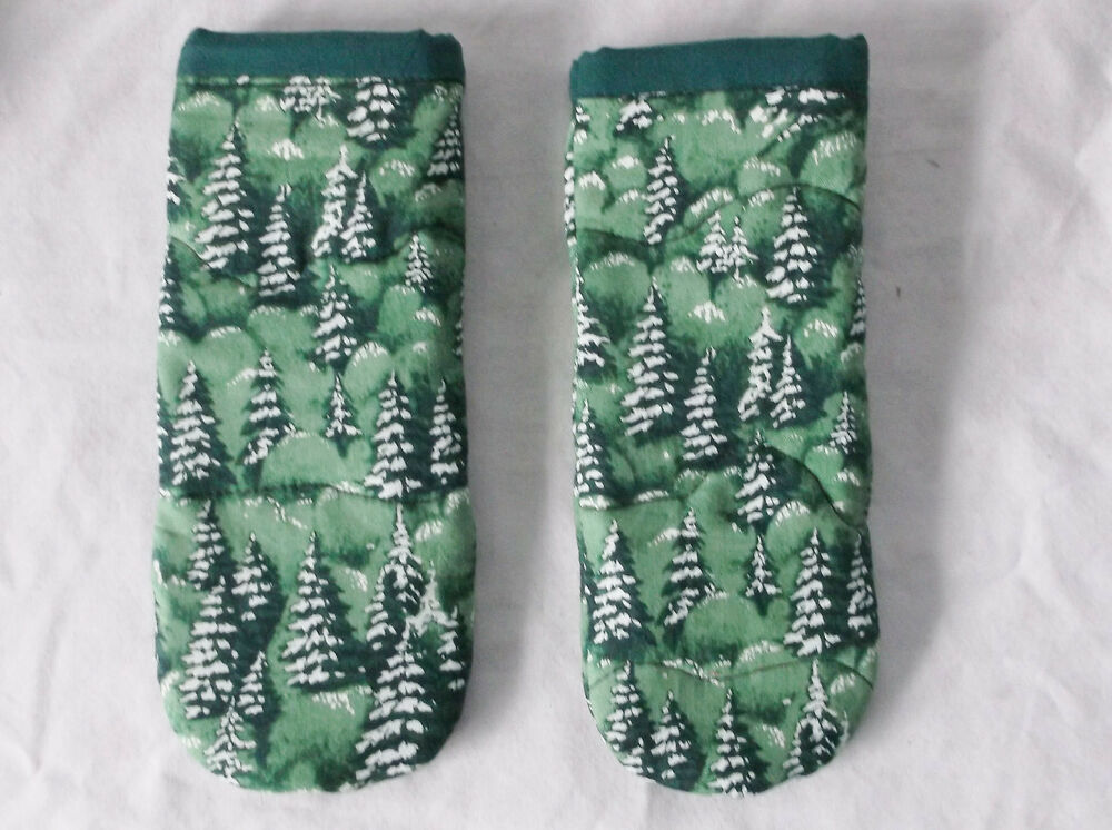Snow Covered Trees Pattern Pot Handle Holder Set Of 2