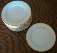 "Noritake Guilford dinnerware 7"" salad plate white with ..."