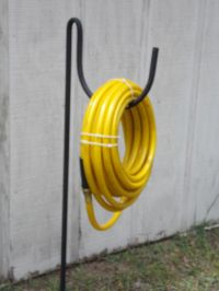 NEW wrought iron look heavy duty metal garden hose holder ...