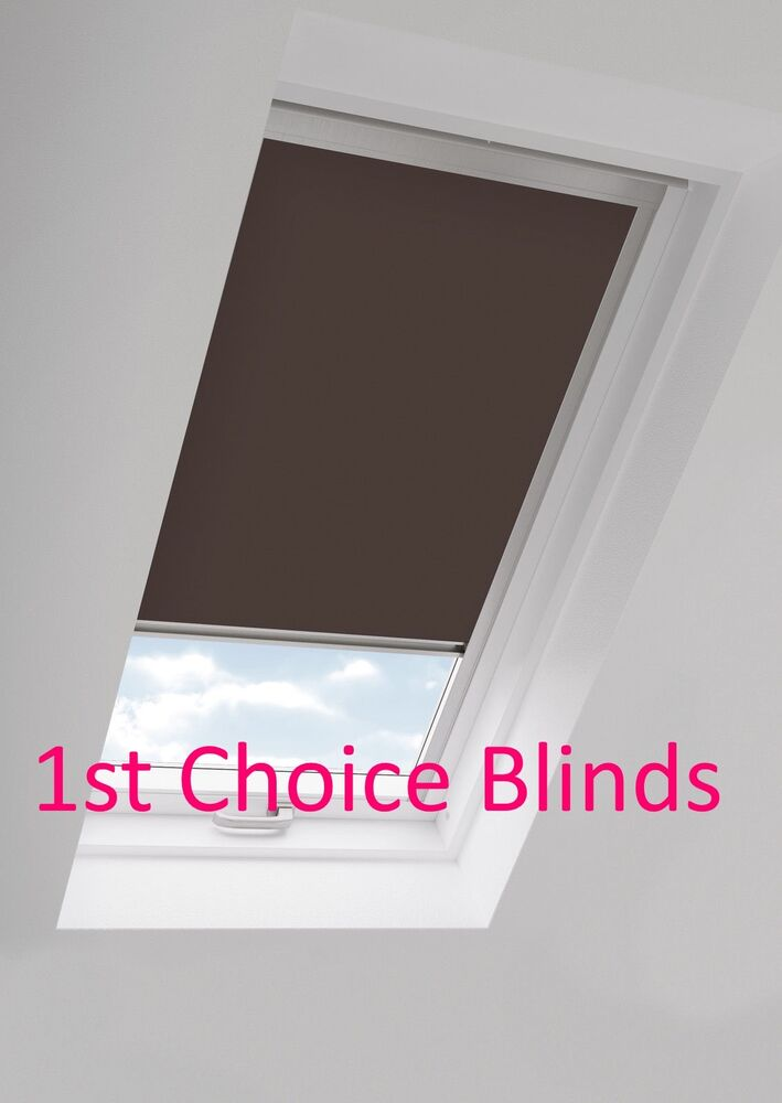Ggu S06 Brown Sk06 Blackout Roof Roller Blind For Velux Windows