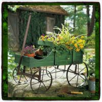Plant Stands Patio Wagon Showcase Flowers Wood Pot Stand ...