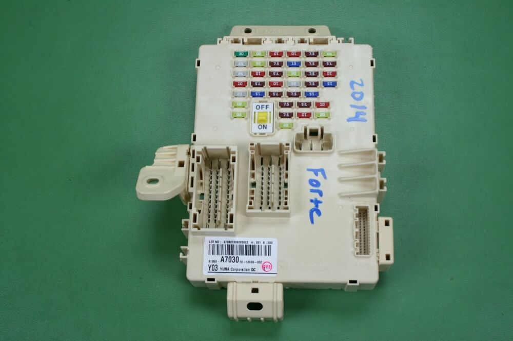 14-16 KIA FORTE KOUP FORTE5 INTERIOR CABIN FUSEBOX JUNCTION BOX