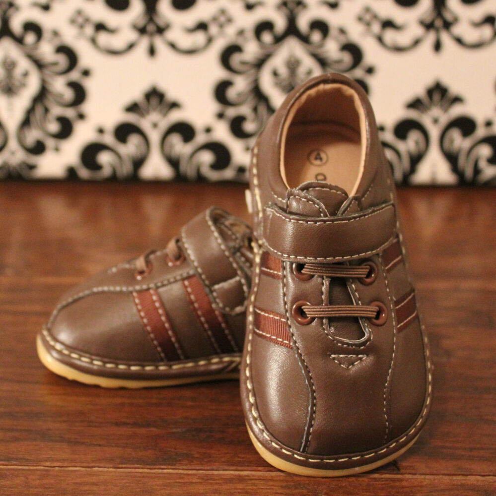 Boys Toddler Brown Squeaky Sneaker Shoes Sizes 3 4 5 6