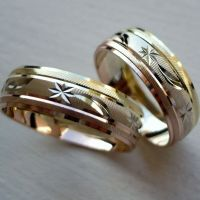 14K SOLID TRICOLOR GOLD HIS AND HER WEDDING BAND RING SET ...