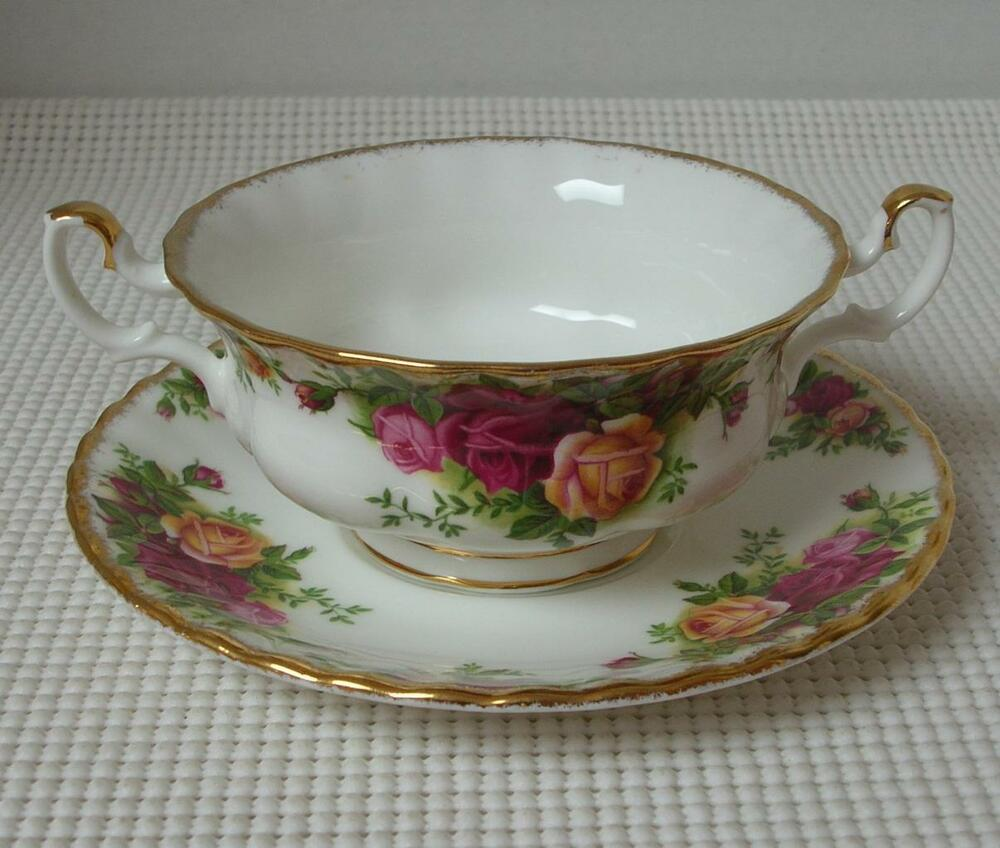 Old Country Roses Royal Albert Footed Cream Soup Bowl