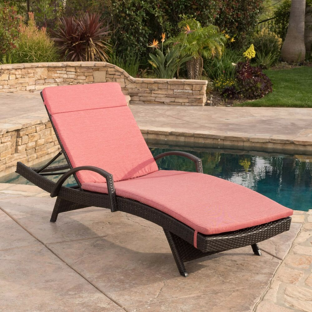 Lawn Furniture Chaise Lounge Contemporary Outdoor Brown Wicker Armed Chaise Lounge