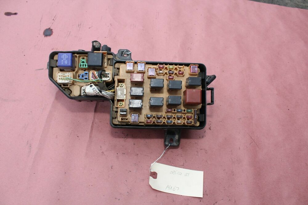 2000-2005 TOYOTA CELICA GT GTS ENGINE ROOM FUSE BOX ASSEMBLY GT-S