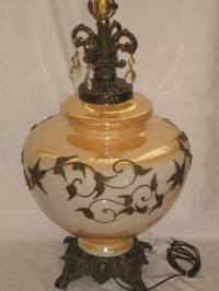 GORGEOUS VINTAGE MARIGOLD IRRIDESCENT CARNIVAL GLASS