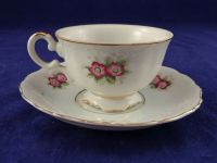 Beautiful Tea Cup and Saucer with Flowers and Gold Trim   eBay