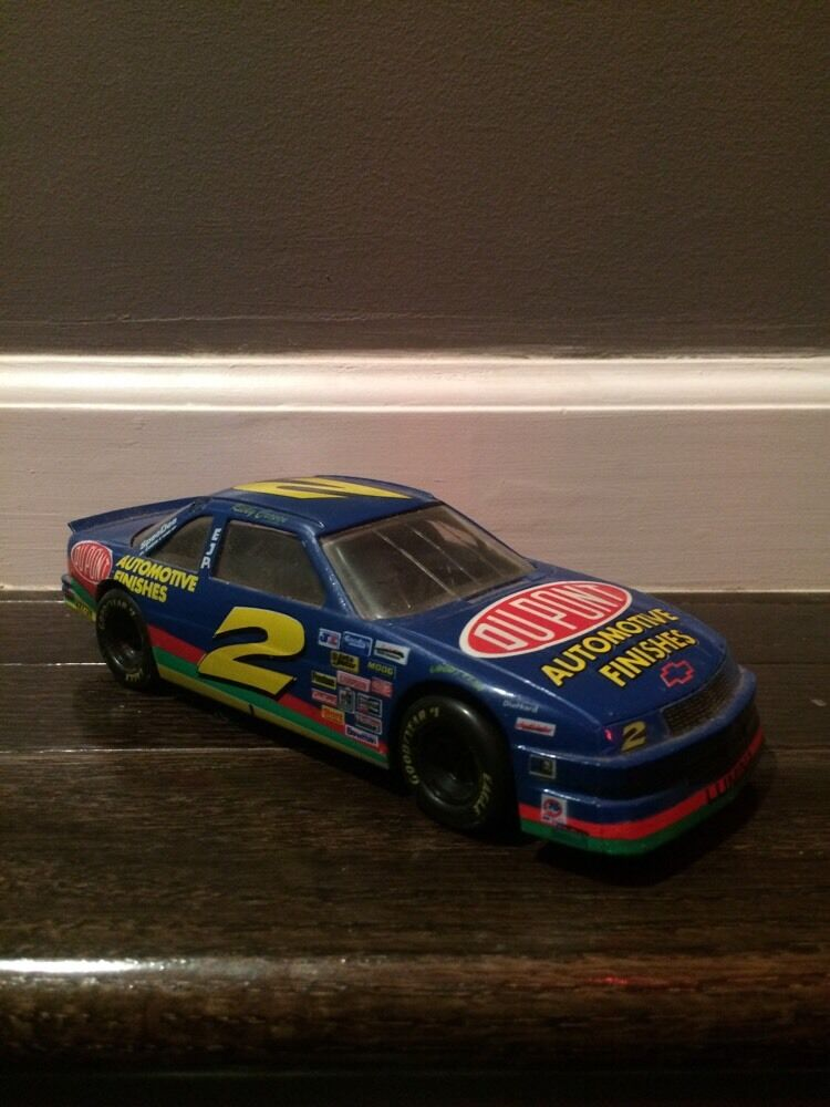 Diecast Vehicles Toys 1994 Racing Champions Ricky Craven # 2 Dupont 1/24 Die