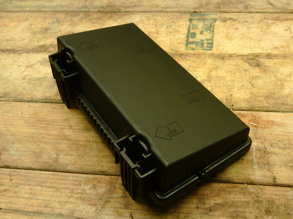 999251) Fiat Grande Punto Fuse box engine bay LID ONLY cover eBay