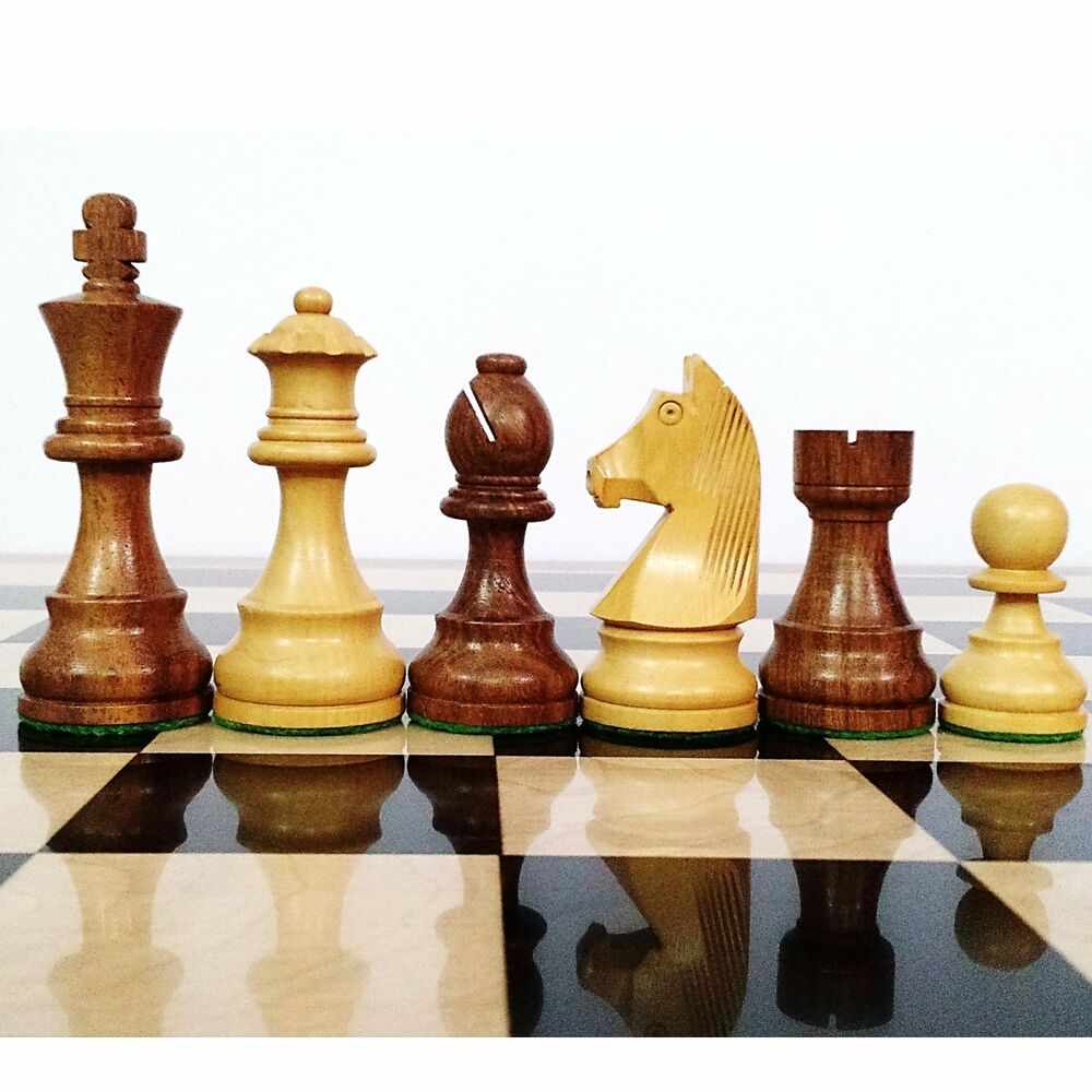 Gold Chess Pieces 3 9