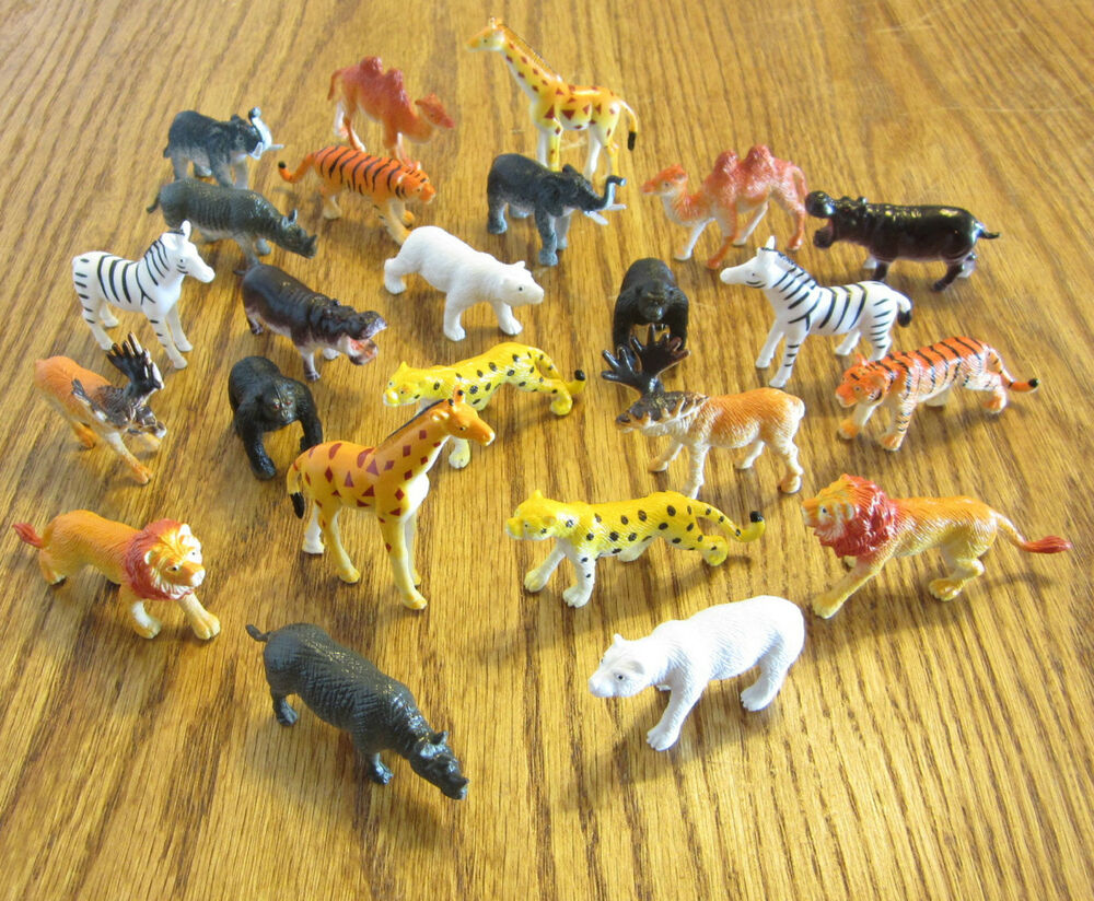 Toy Island Toys 18 New Zoo Animals Toy Playset Wild Jungle Animal 2 Size