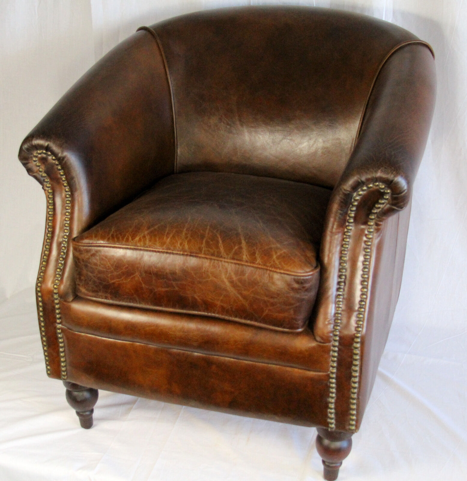 Comfortable Compact Chair 27 034 Wide Club Arm Chair Vintage Brown Cigar Italian