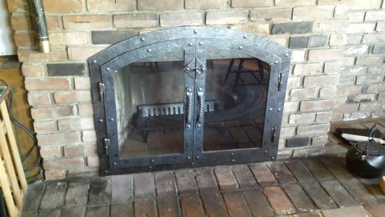 Custom Glass Fireplace Doors Custom Hammered Iron Fireplace Doors With Glass And Twisted Handle