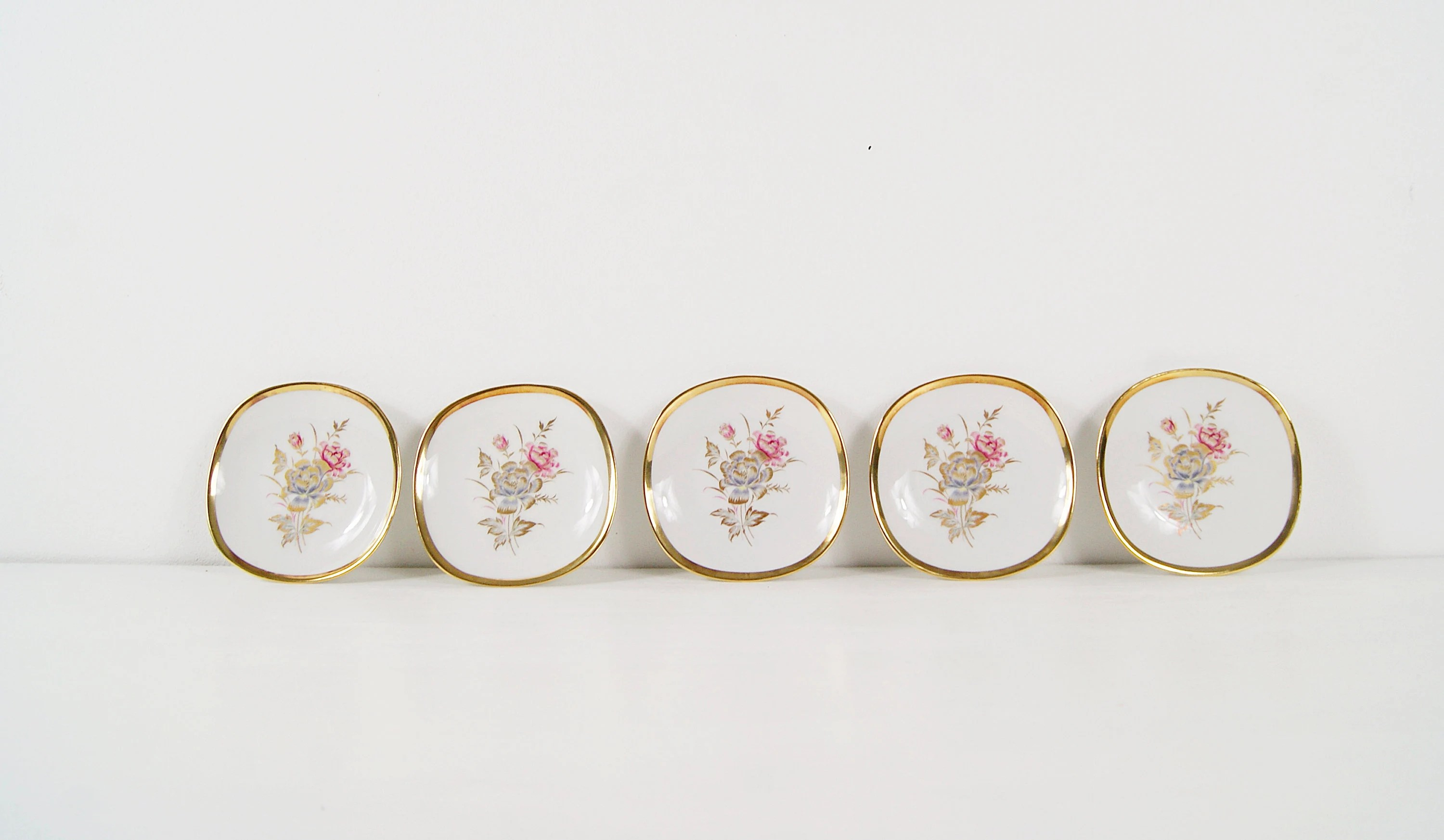 Teller Set Alka Art Teller Set 5 Piece With Floral Décor 1950s Porcelain