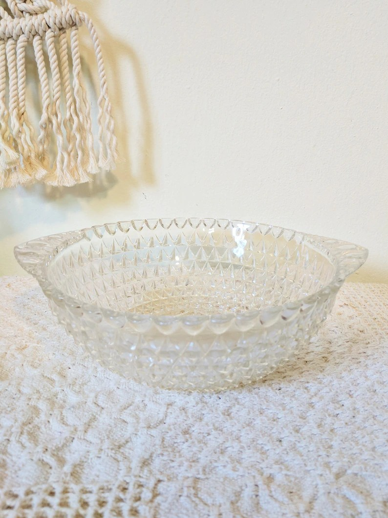 Decorative Glass Bowls Decorative Glass Bowl Glass Wedding Centerpiece Geometric Glass Bowl Ornate Glass Bowl Elegant Centerpiece Candy Dish Serving Bowl