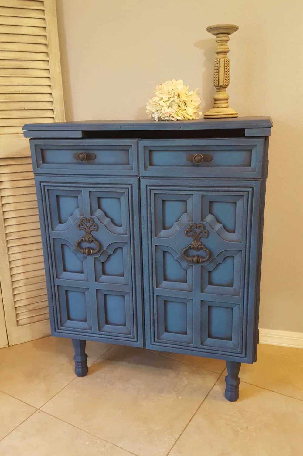 Barschrank Vintage Sold Vintage Bar Cabinet Re Purposed Bar Cart Hand Painted And Distressed In Layers Of Vibrant Blues Over Black