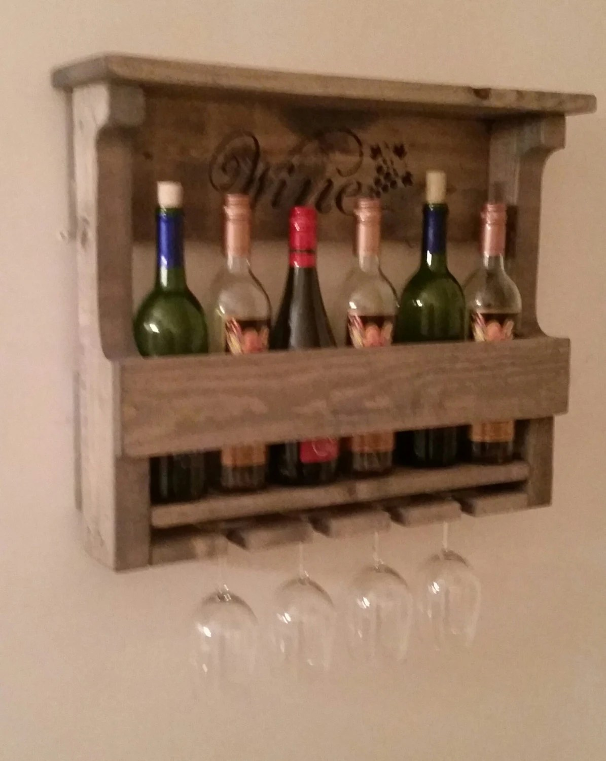 Cave A Vin Palette Palette Wine Rack Rack Vin Rustique Cabinet D Alcool Gris Cabine Décor Rustique Wall Decor Man Cave Bar Decor