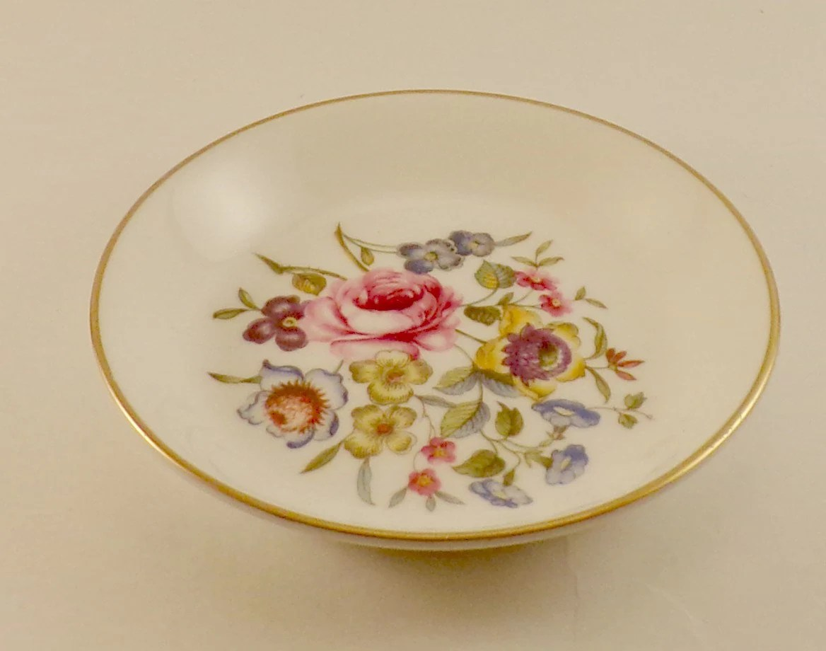 Assiette Porcelaine Anglaise Royal Worcester Vintage Pin Dish Fine Bone China Made In England Vintage Bone China Porcelaine Anglaise Petite Assiette Anglaise Pin Tray