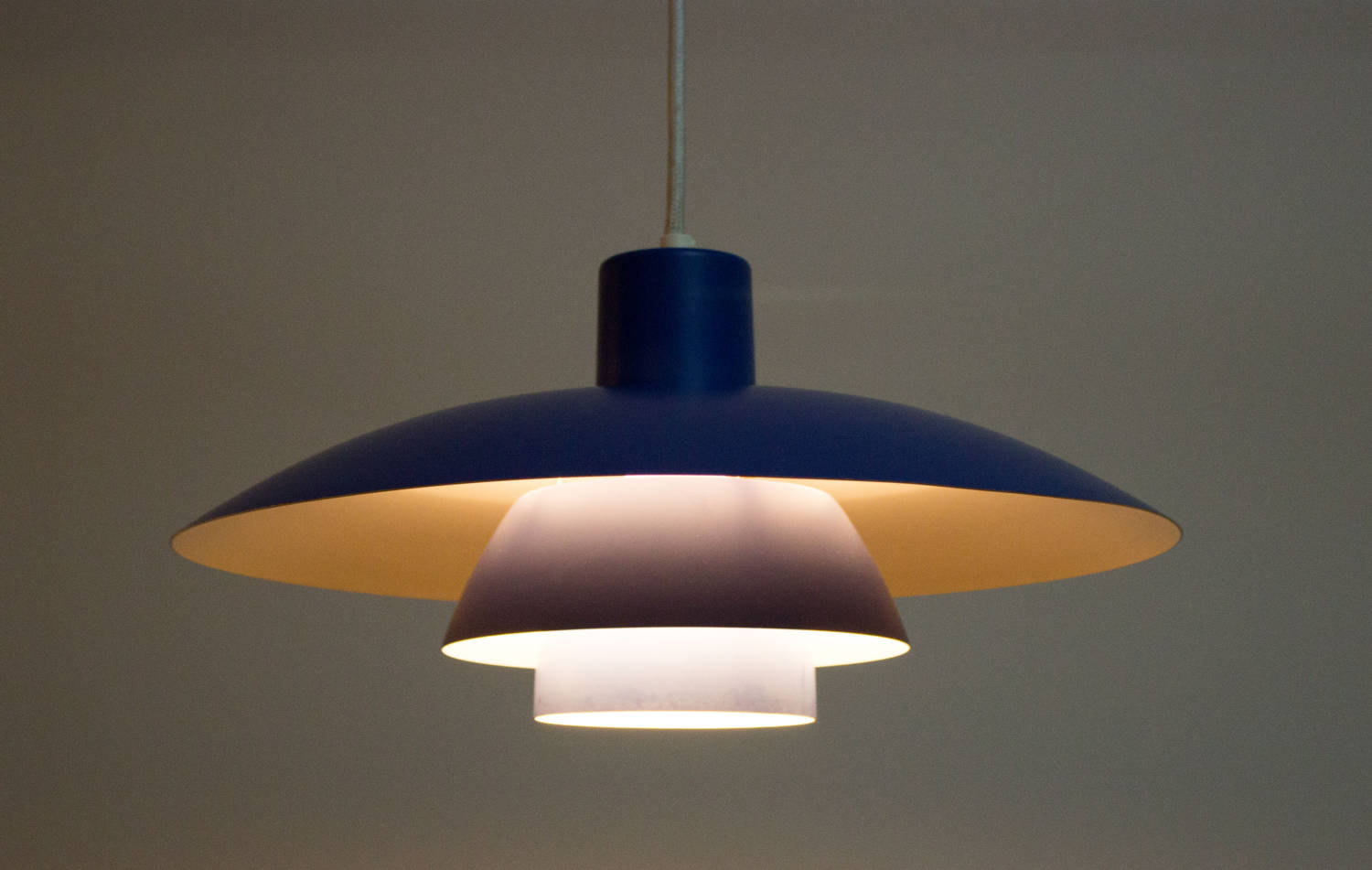 Poul Henningsen Lampe Blue Ph 4 3 Lamp By Poul Henningsen For Louis Poulsen In Good Vintage Condition