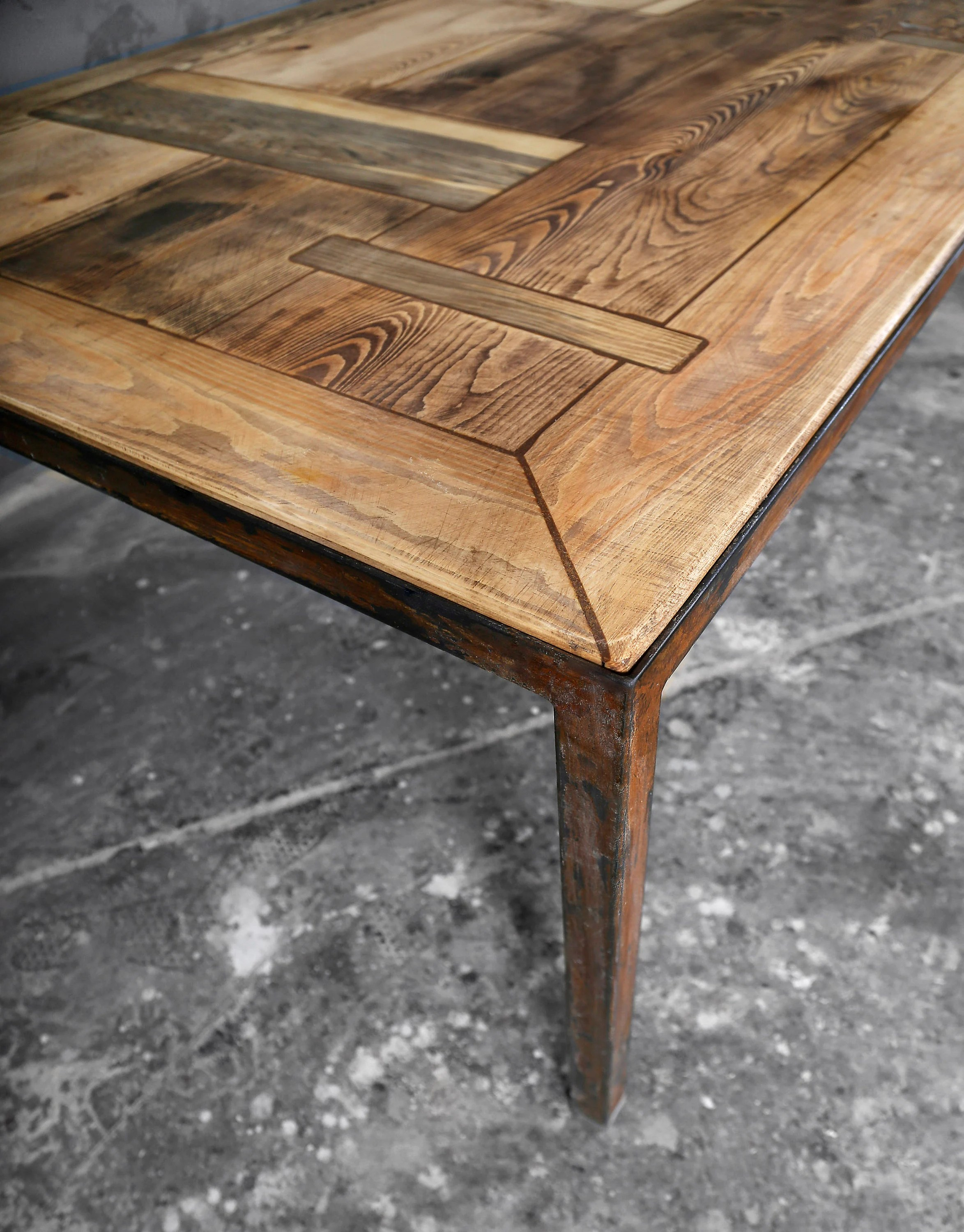 Kiefer Holzstruktur Dining Table Made Of Lumber Iron Maaike Grate 190 X 90 Cm