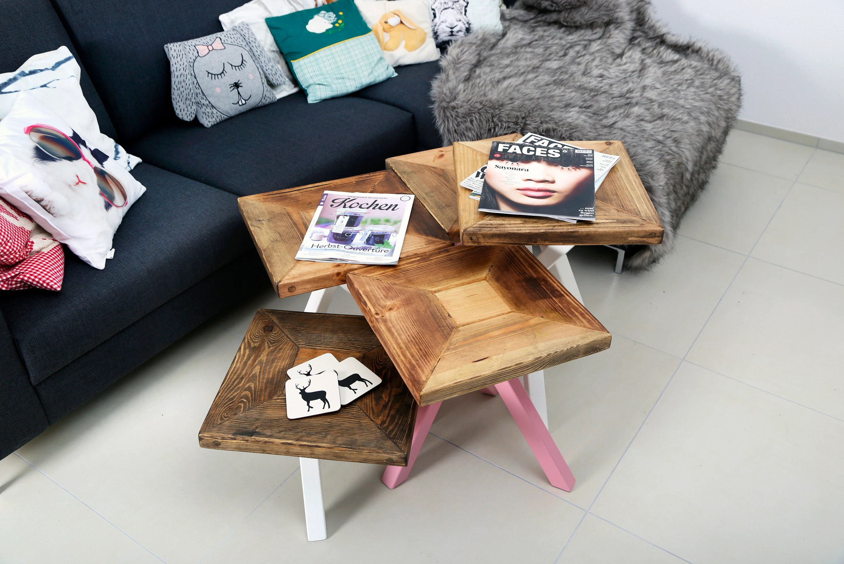 Kiefer Holzstruktur Coffee Table Set Of Lumber And Iron Doris