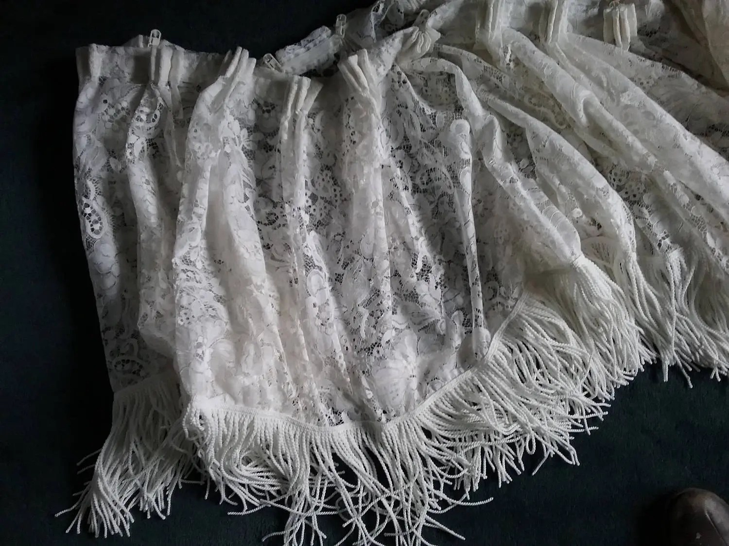 Volant Gardine Old Curdine Lace Wide Volant With Long Fringe Short Gardine Tinted White Vintage