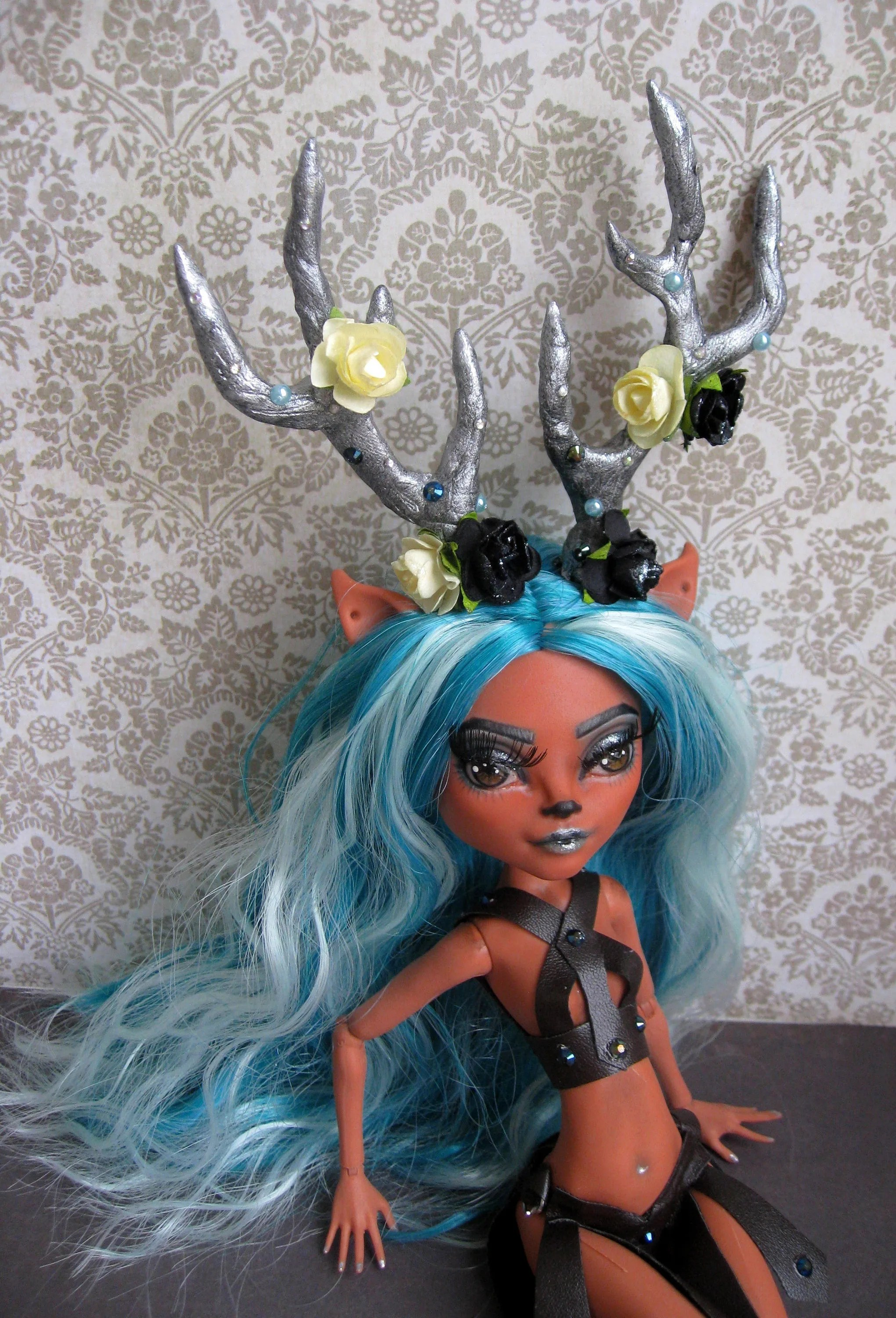 Libros Monster High Ooak Unique Repaint Custom Monster High Doll Issy Dawndancer The Wild Forest Nymph Horn Full Outfit Reroot All4doll By Olli Gagarina