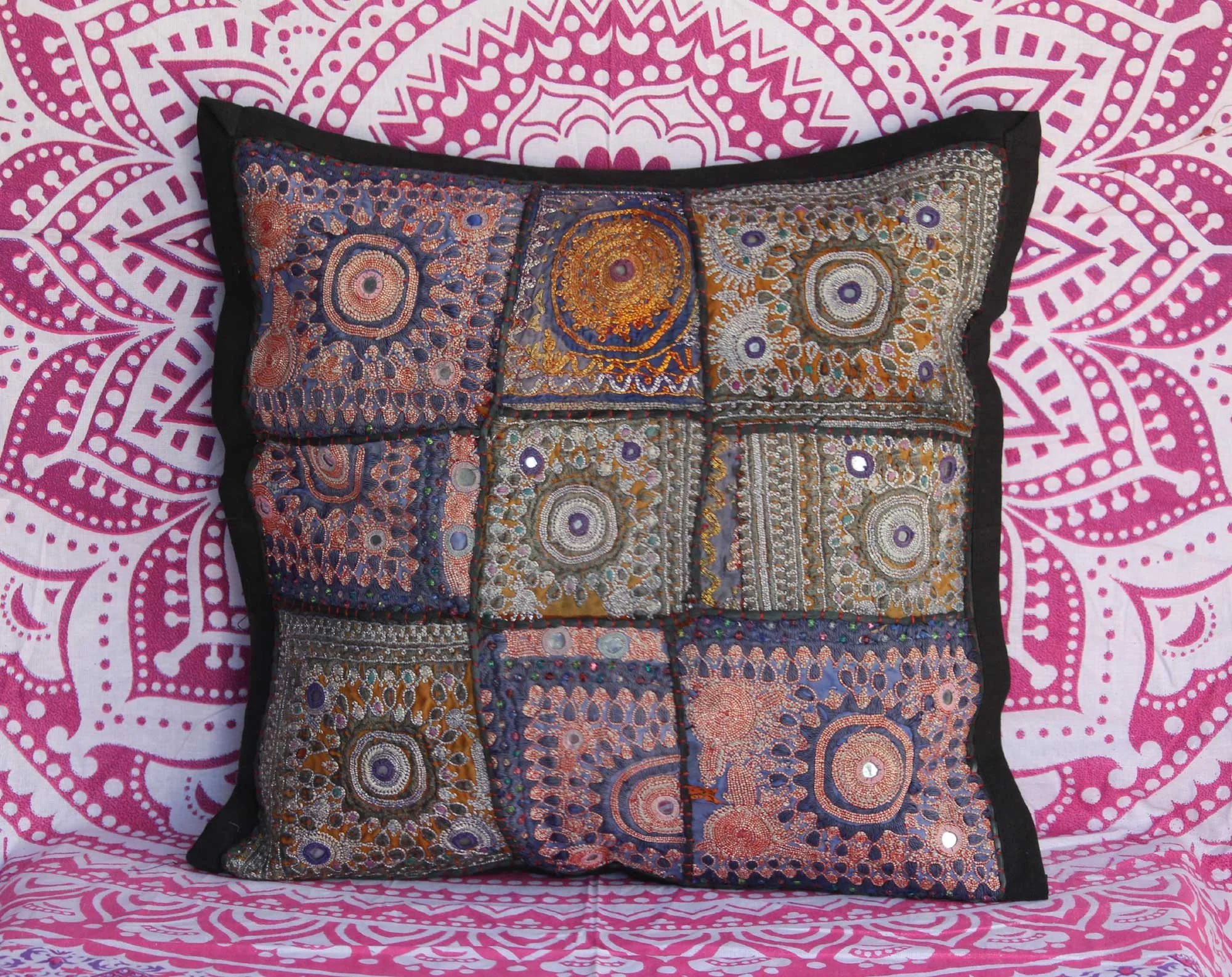 Patchwork Sofa Hand Embroidered Cushion Cover Vintage Sari Patchwork Sofa Decor Pillow Case Handmade Mirror Work Bedding Cushion Case Colorful Pillow Throw