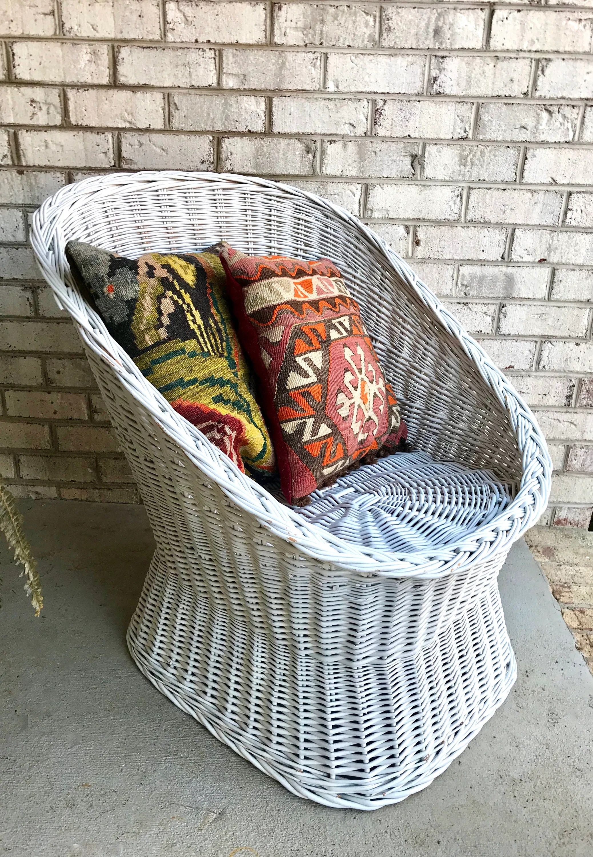 Painted Rattan Furniture Vintage White Rattan Egg Cup Chair Wicker Pod Chair Bohemian Basket Chair Mid Century Wicker Chair White Rattan Chair Patio Chair