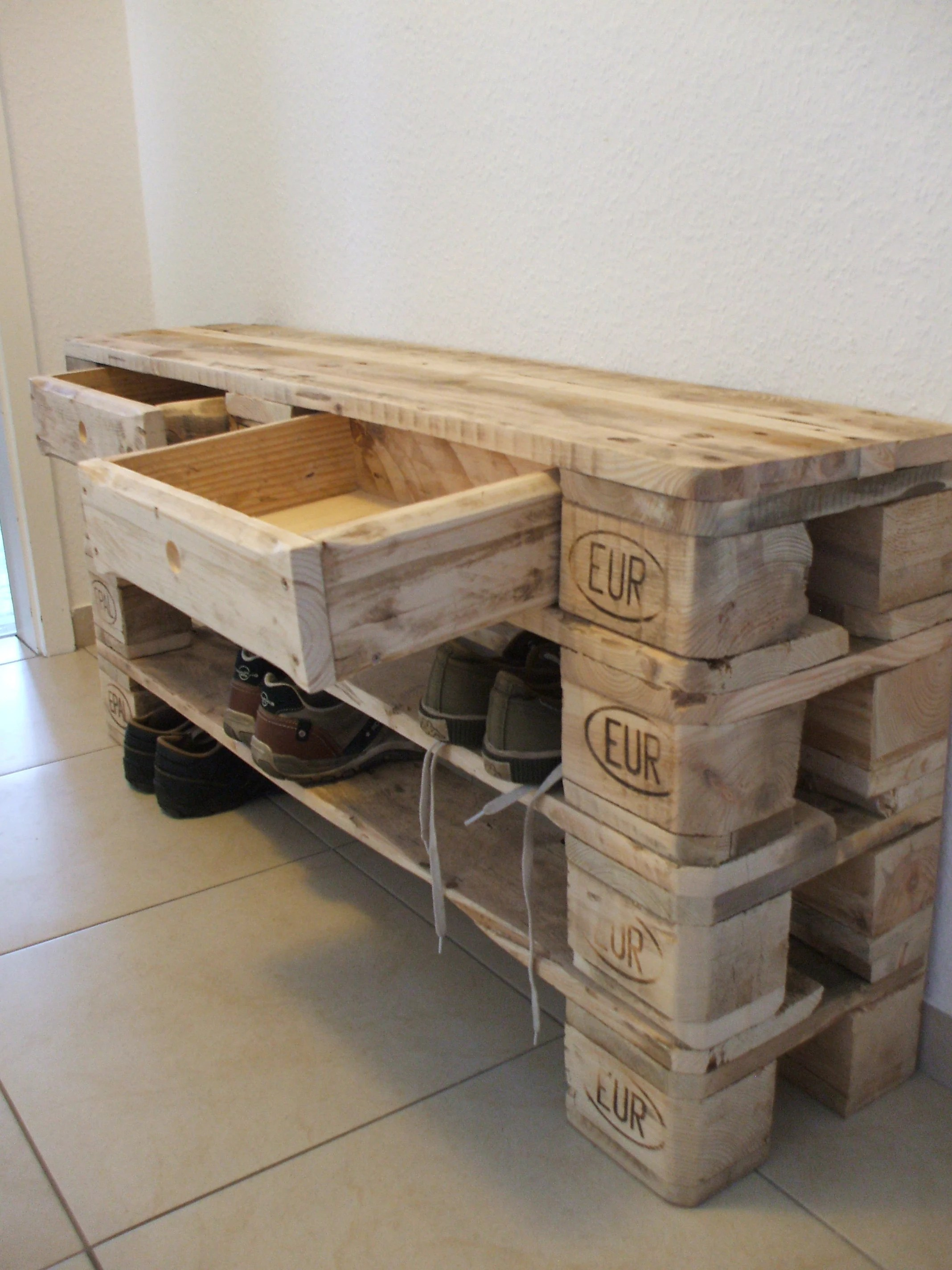 Palettenmöbel Geflammt Shoe Rack Large Filler From Pallets With 2 Drawers Palettenmöbel
