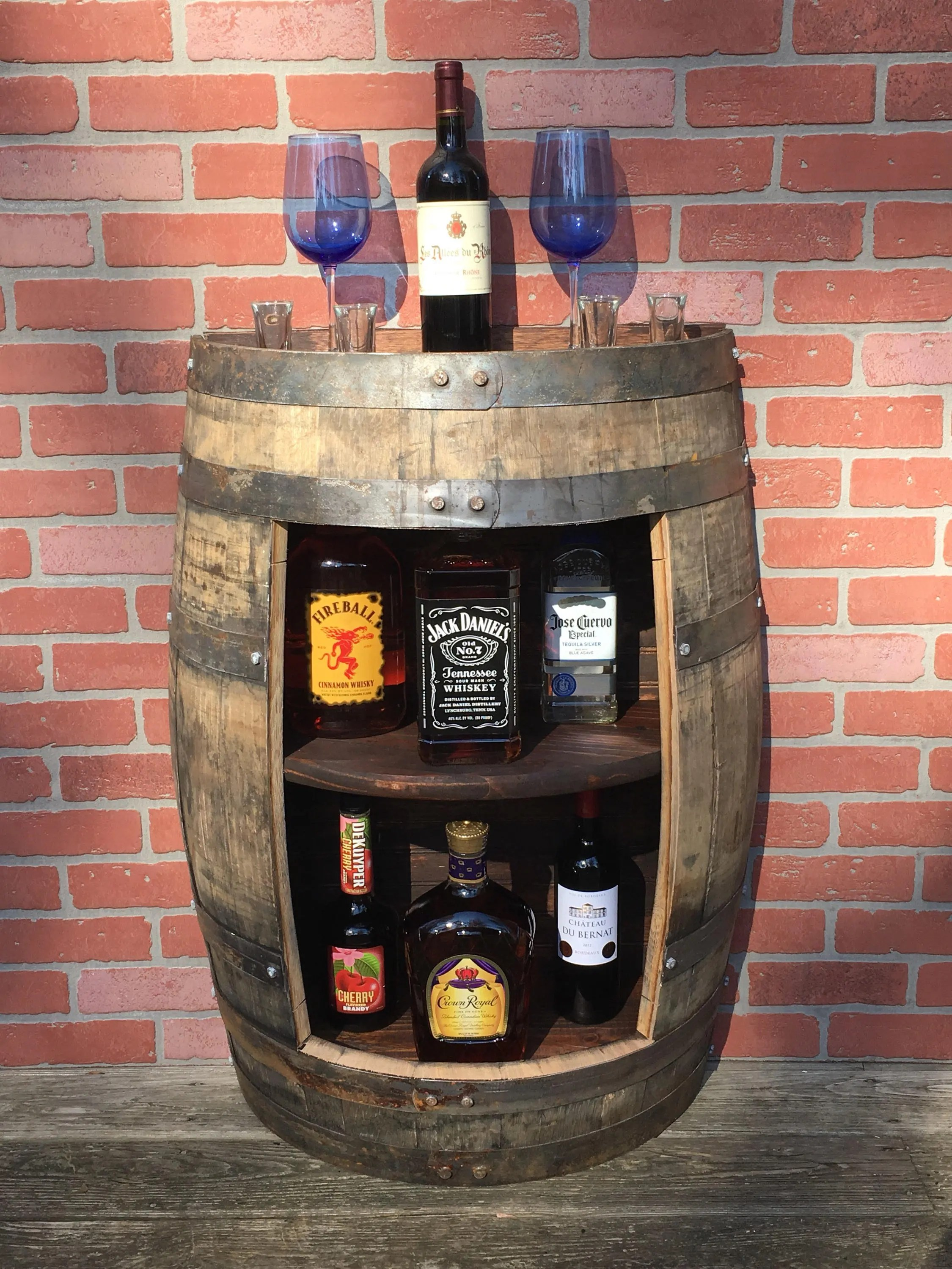 Jack Daniels Bettwäsche Jack Daniels Oak Whiskey Barrel Shelf Half Of A 53 Gallon Whiskey Jack Daniels Barrel Liquor Cabinet Whiskey Furniture