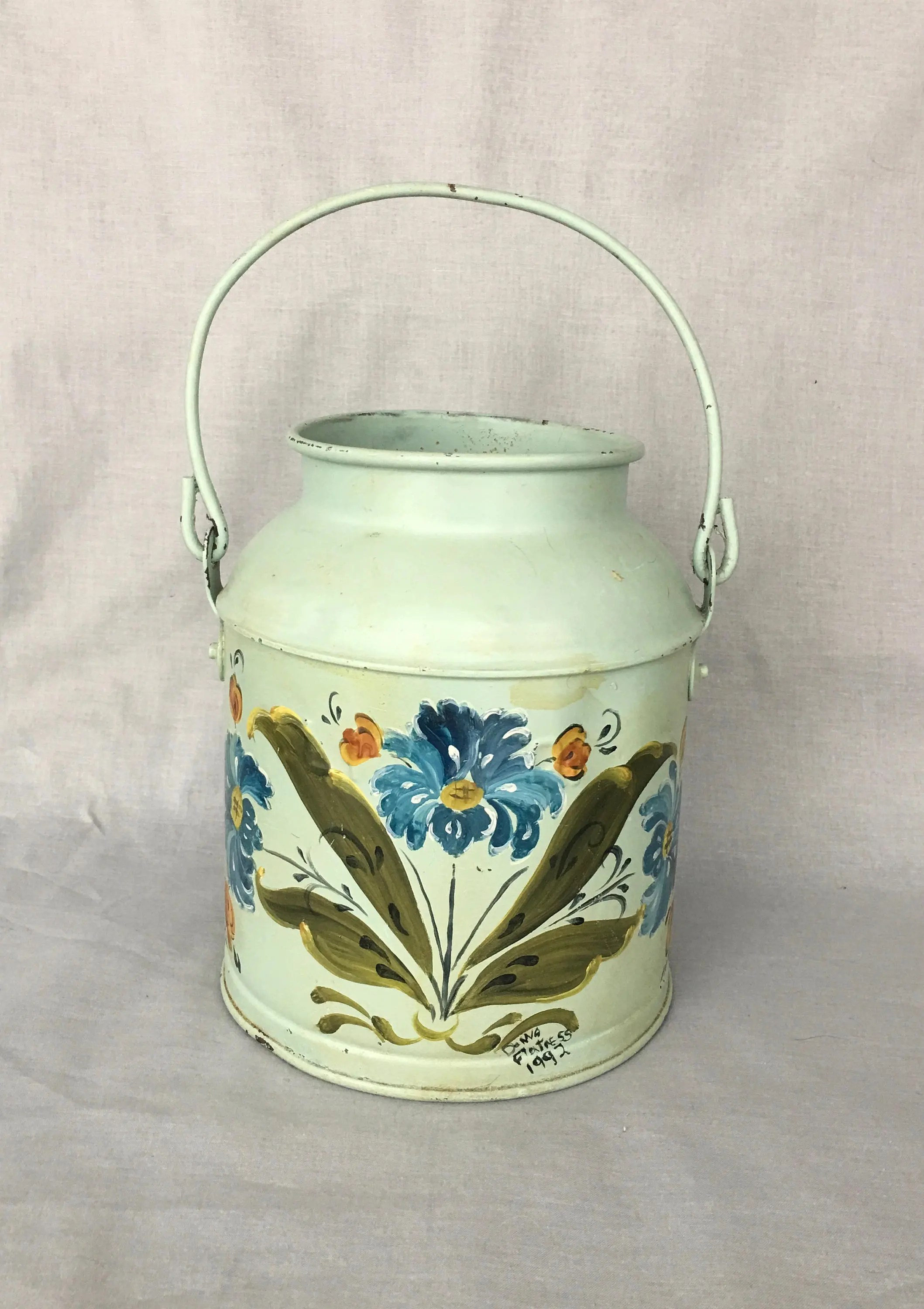 Decorative Milk Urn Vintage Metal Milk Churn Can With Handle Hand Painted Decorative Farmhouse Folk Art 9