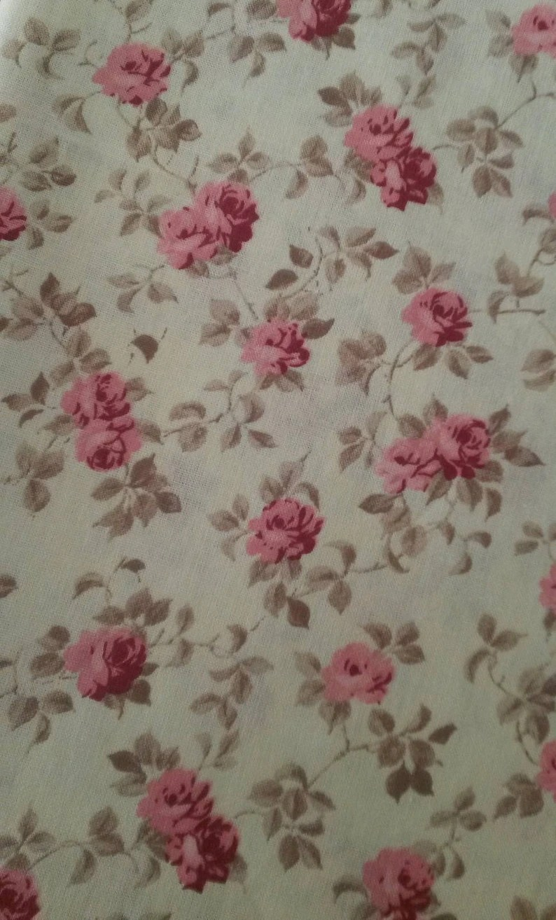 Tissus Roses Anciennes Coupon 50 X 50 Cm Tissu Fleuri Shabby Chic Motif Roses Anciennes