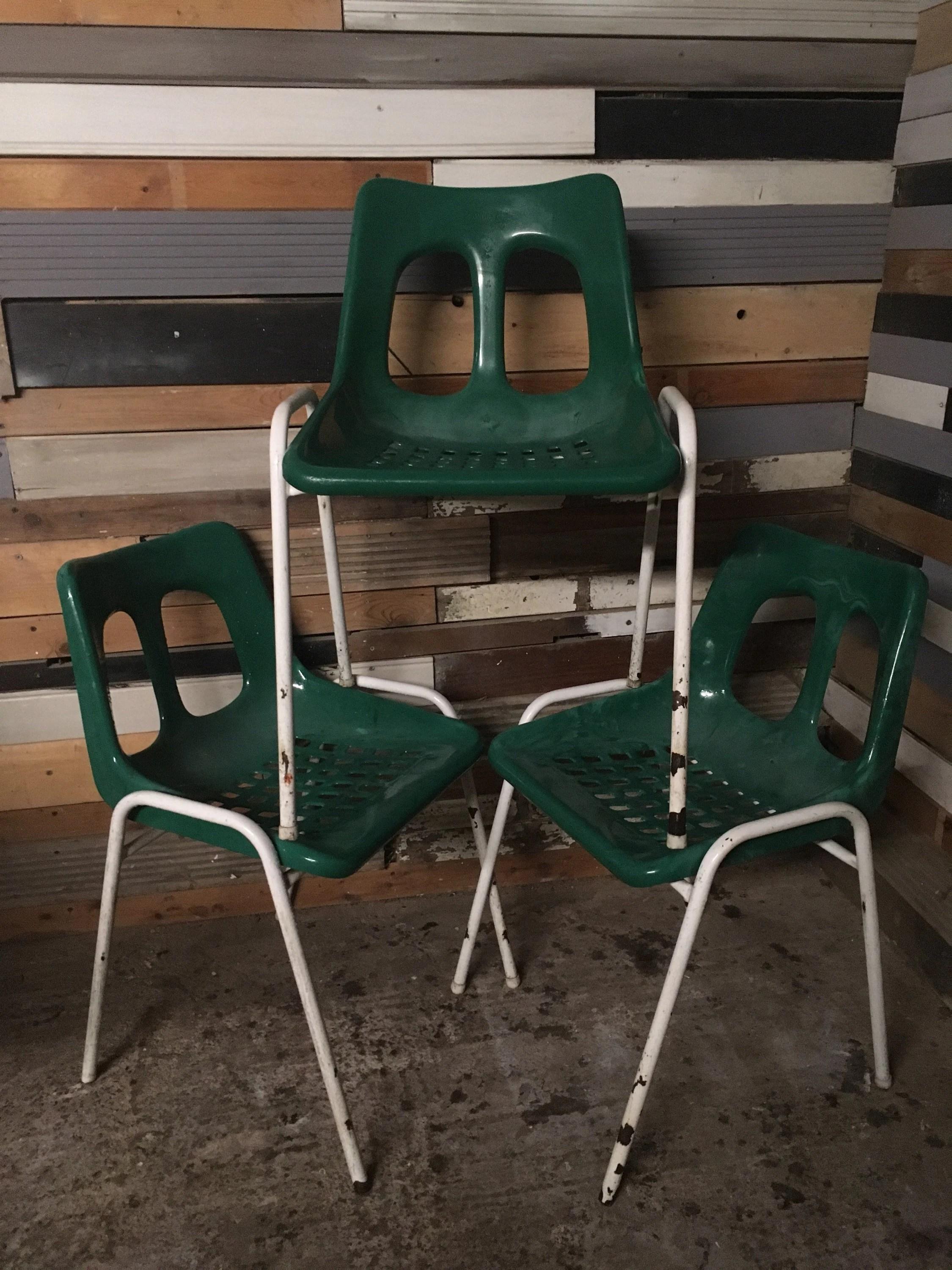 Esszimmermöbel Vintage Retro Vintage Set Of 12 Mid Century Metal Stacking Chairs Adult Height Restaurant Cafe Stacking Chairs Sold Individually Or As A Group