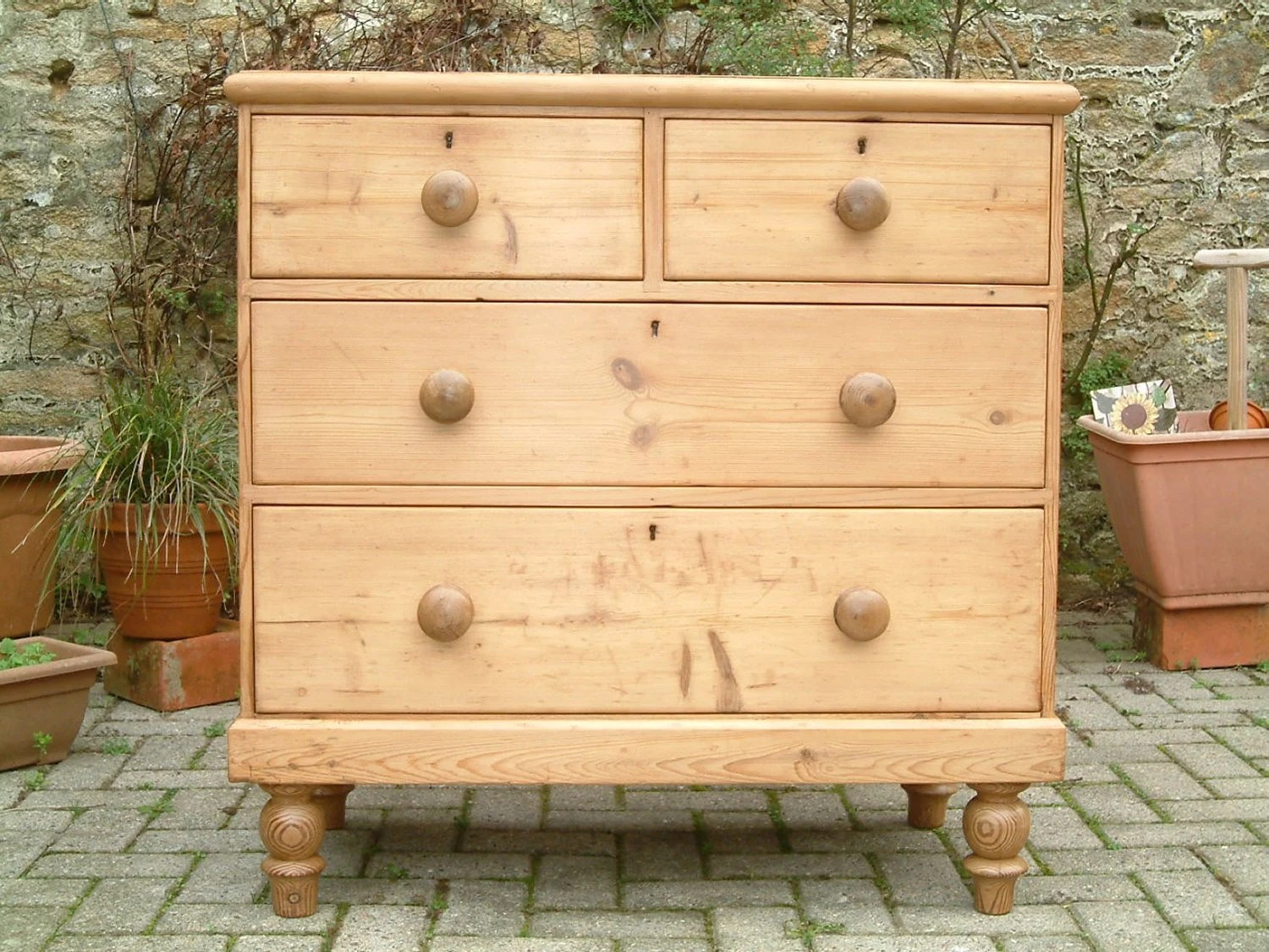 Victorian Pine Chest Of Drawers A Victorian Pine Chest Of Drawers Chest Of Drawers