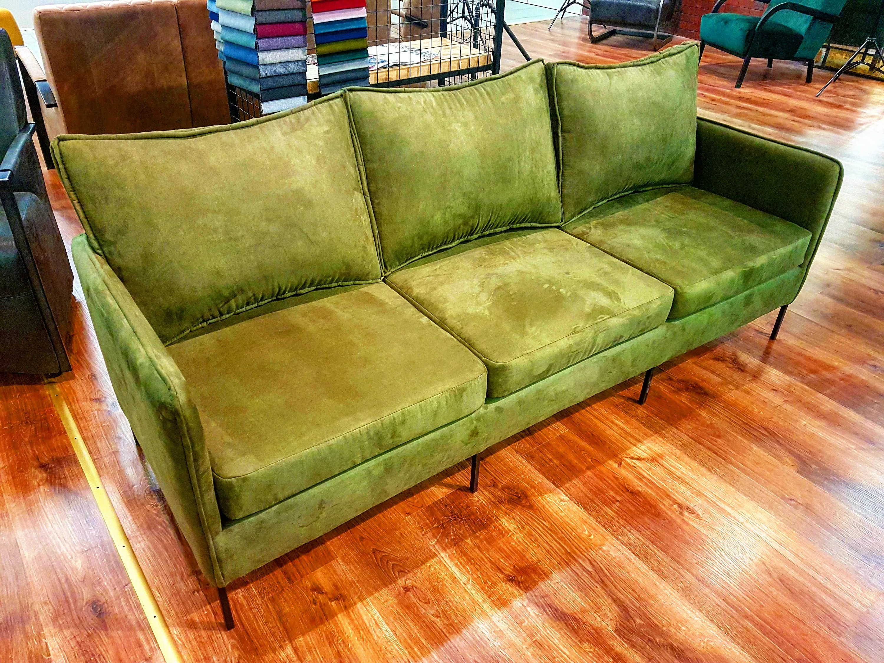 Retro Sofa Wood Sofa Vintage Green Solid Strong Metal Frame Loft Furniture Retro Green Vintage Round Industrial Scandinavian Metal Chair Wood