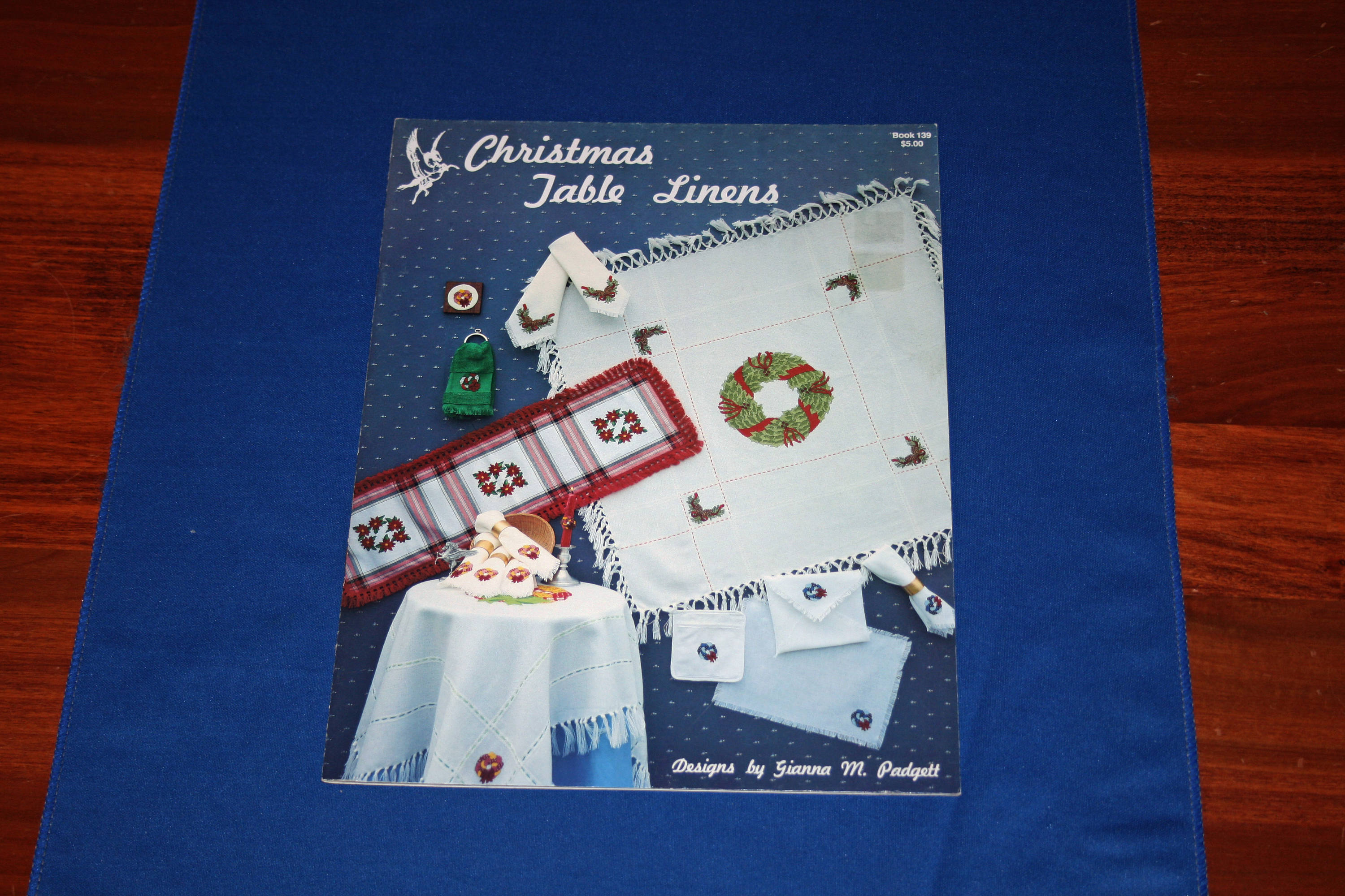 Christmas Tablecloths Australia Vintage Christmas Table Linens Cross Stitch Project Booklet