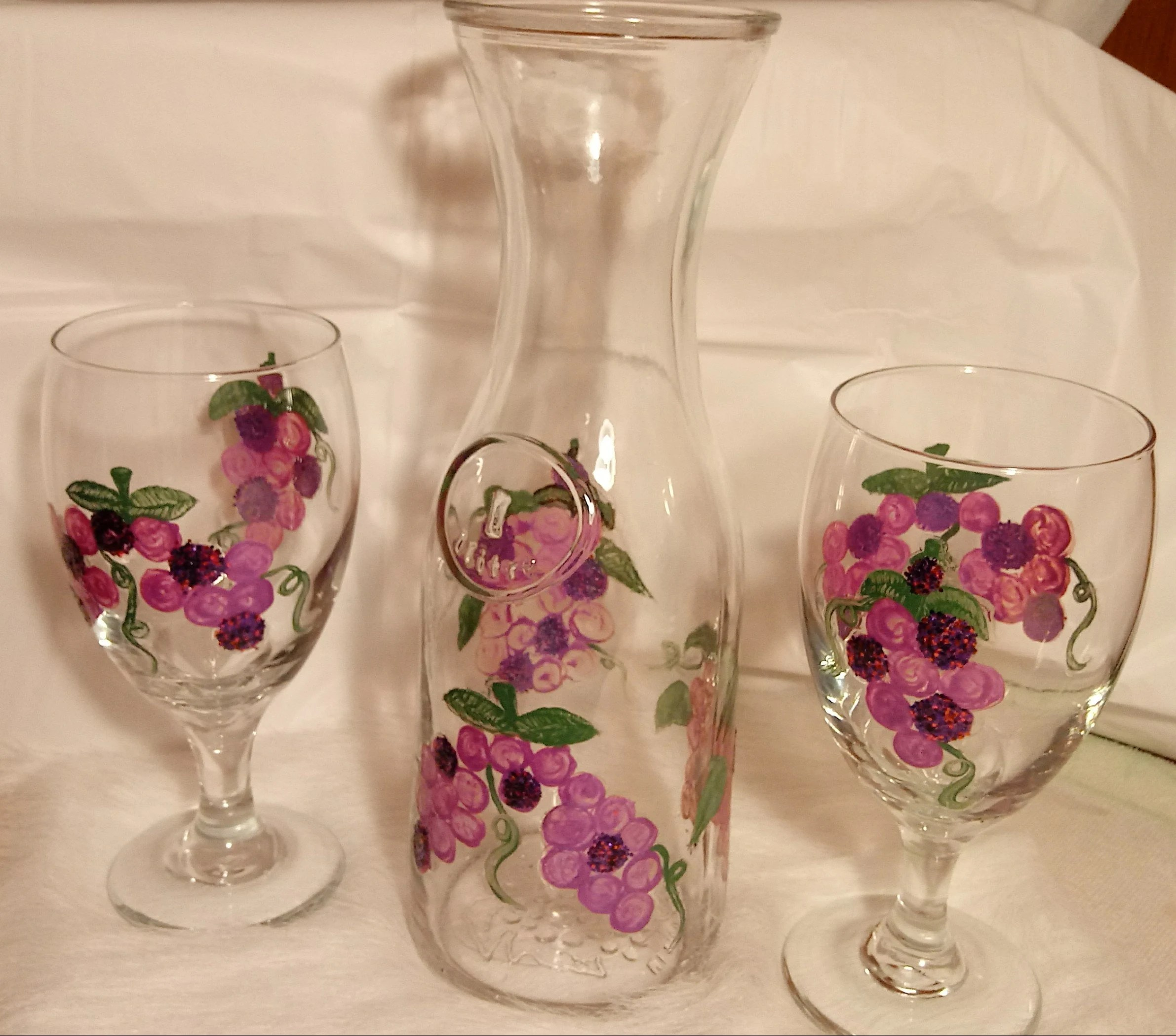 Decanter Wine Glas Purple Grapes Wine Glasses And Decanter 3 Piece Set 2 Glasses And 1 Glass Decanter Hand Painted