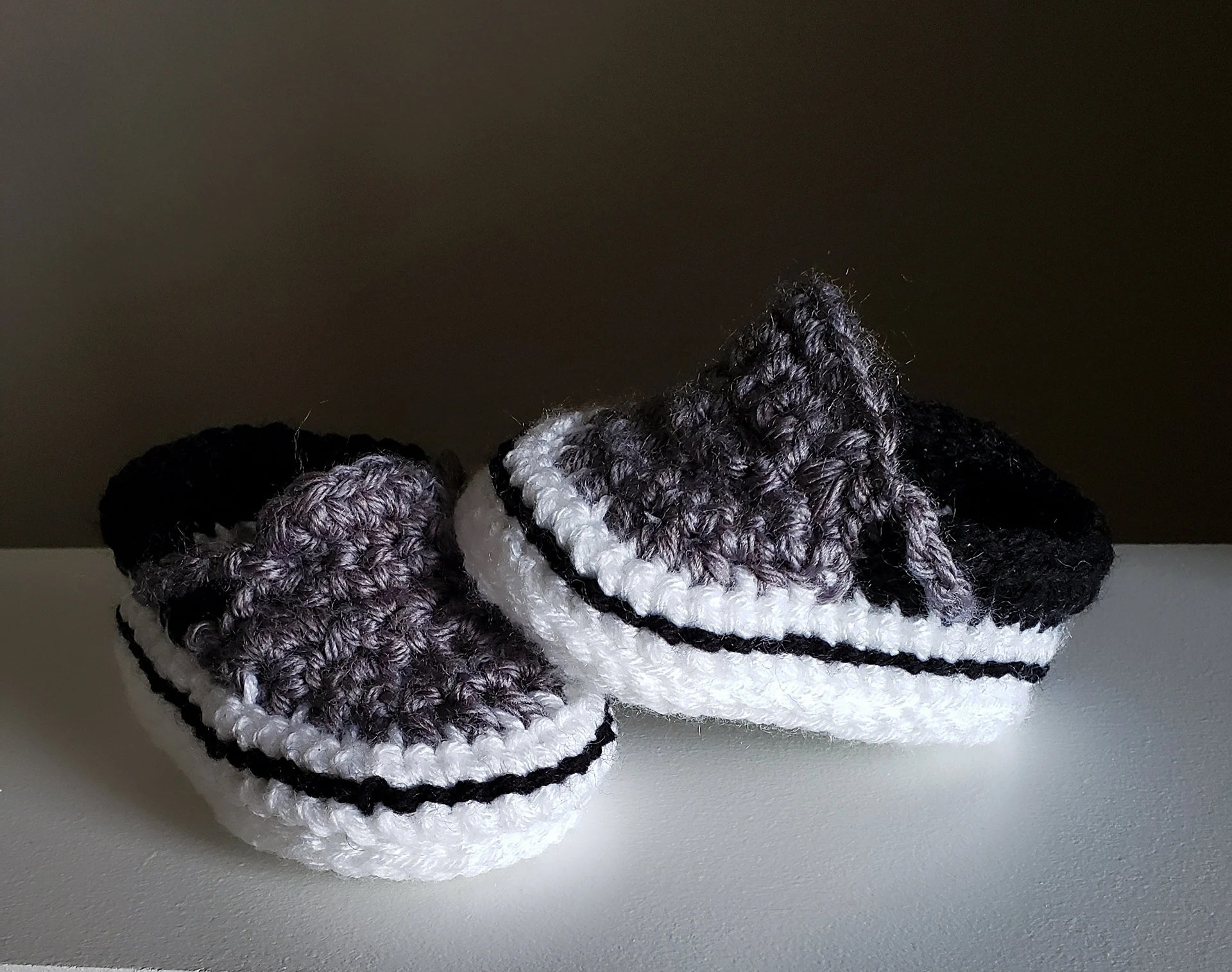 Newborn Shoes Vans Baby Vans Style Crochet Booties Van Infant Newborn Shoes Shower Gift Trendy Present Children Fashion Running Sneakers Handmade