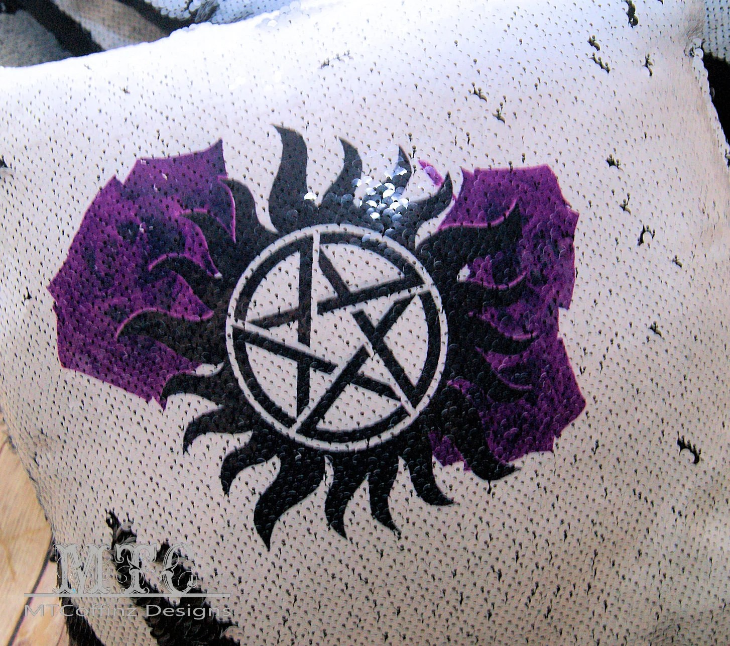 Supernatural Bettwäsche Printed Flip Sequin Supernatural Pagan Pentagram Pentacle Sun Star Purple Roses Throw Pillow 17 Inch Black Or Silver