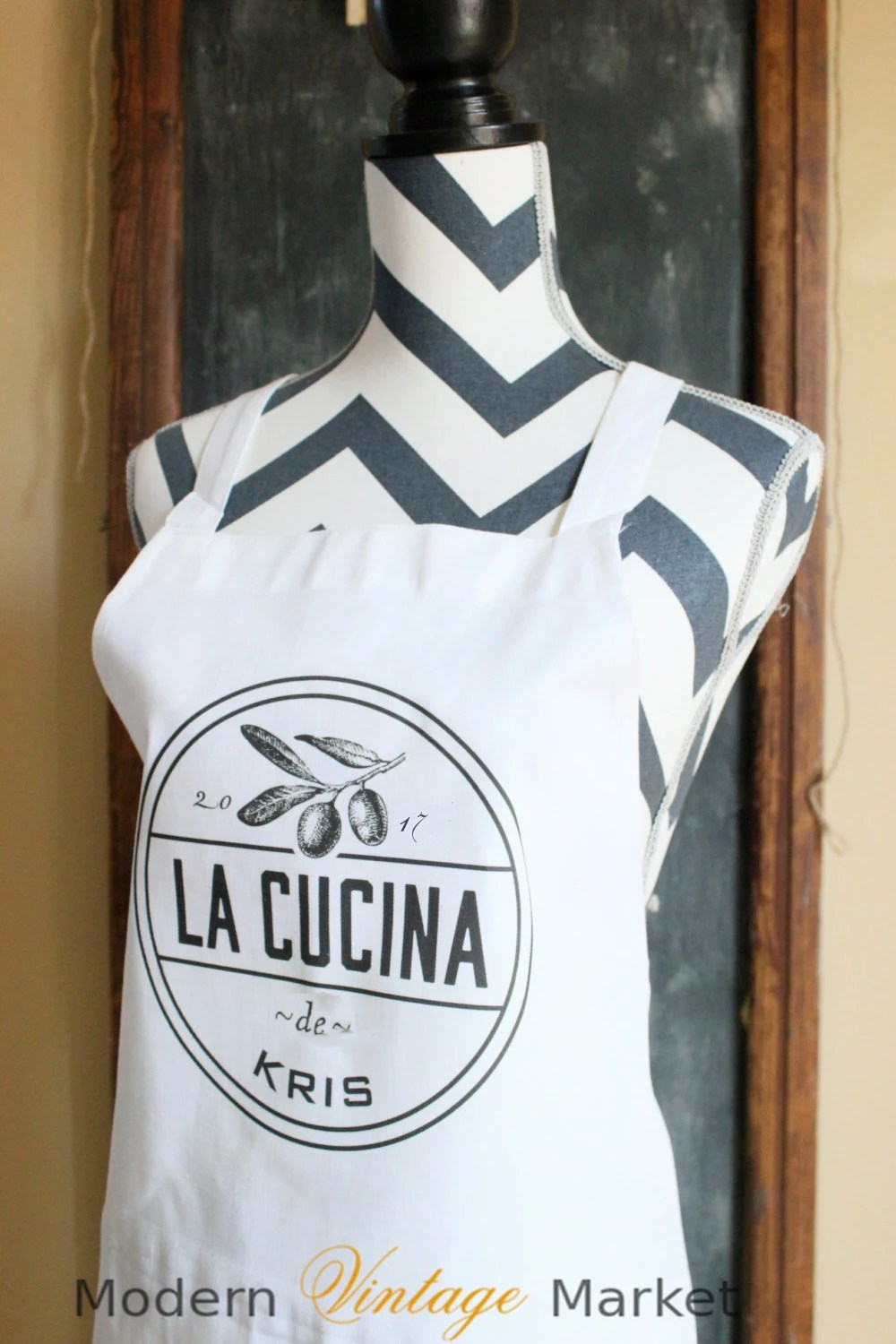 La Cucina Jersey Personalized French Kitchen Apron Custom Apron La Cucina Vintage Style Apron Personalized Gourmet Kitchen Apron Spanish Apron Name Apron