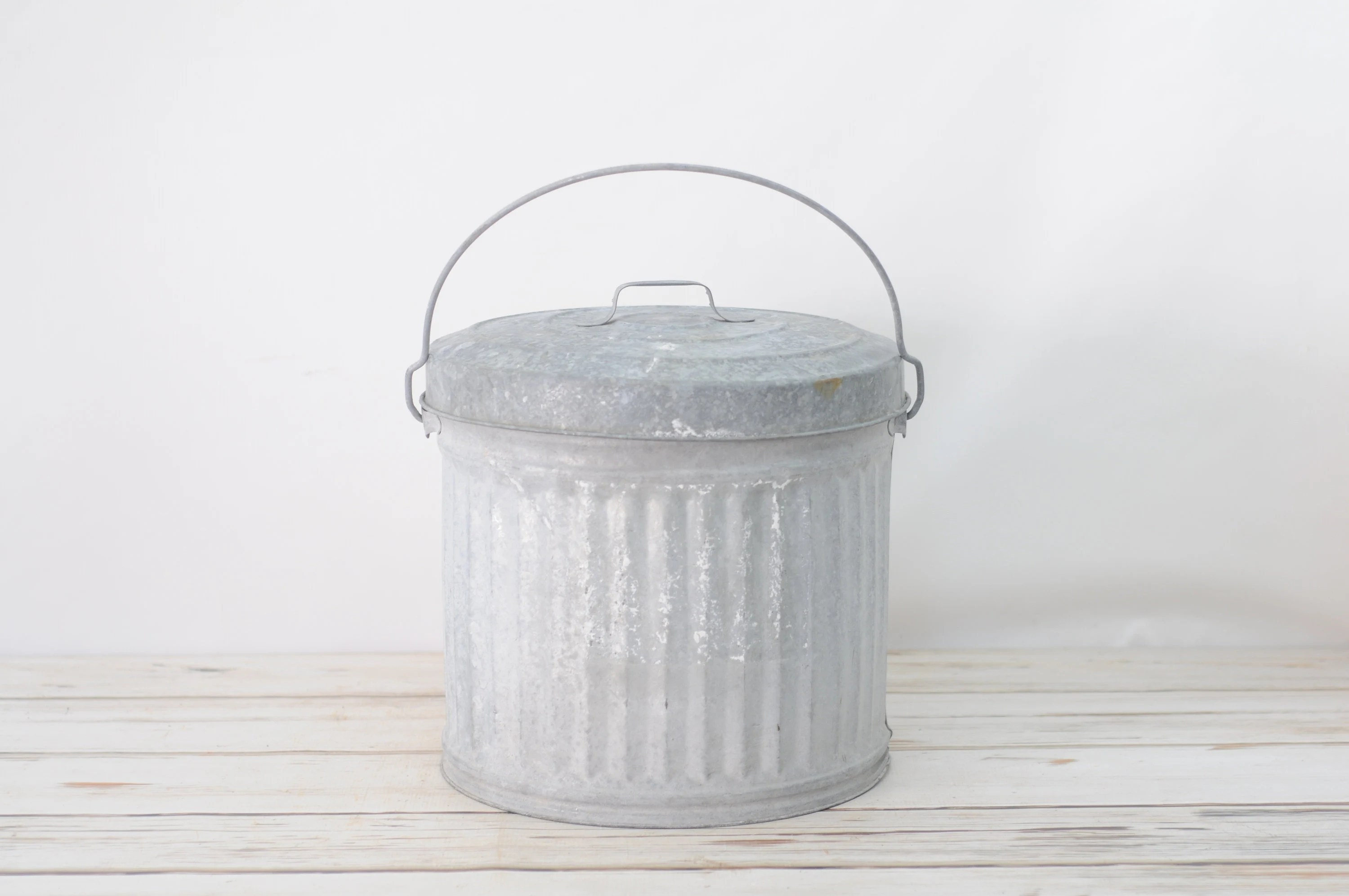 Small White Trash Can With Lid Small Vintage Zinc Galvanized Lawson Trash Can Waste Can Waste Receptacle